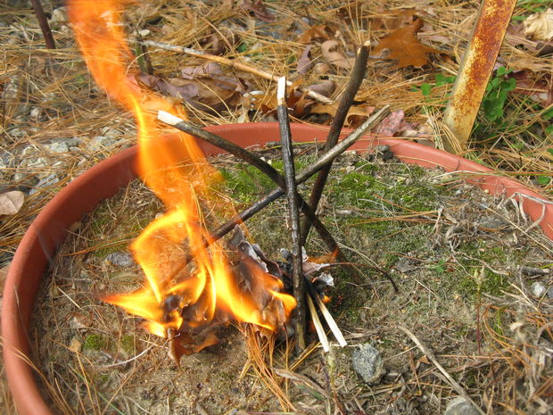 Comment sécuriser son feu de camp ?